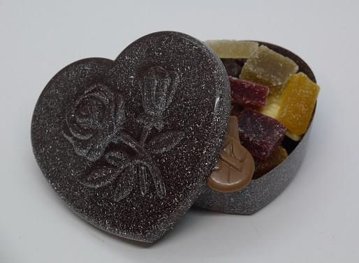 Boite cœur enneigée garnie, chocolat artisanal Beauvais Oise