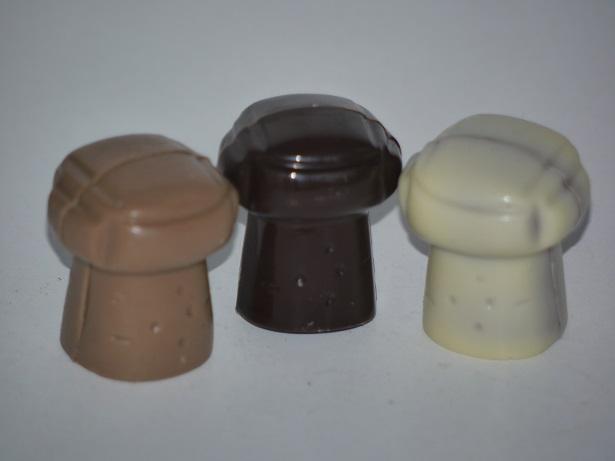 Praliné noisette chocolat lait, sucre pétillant, bouchons, chocolat artisanal Beauvais Oise