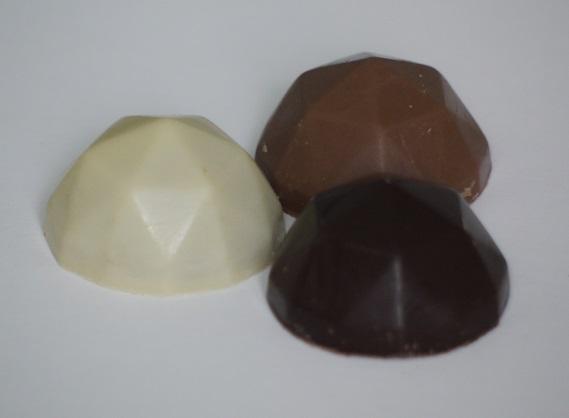 Praliné amande chocolat au lait, diamant