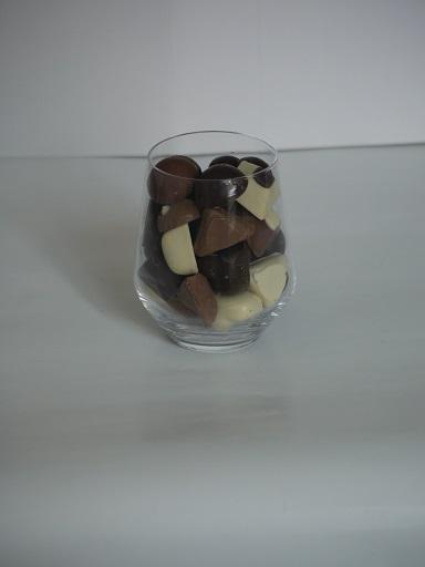 Long drink 4€ pièce, peut contenir jusqu'à 300g de chocolats