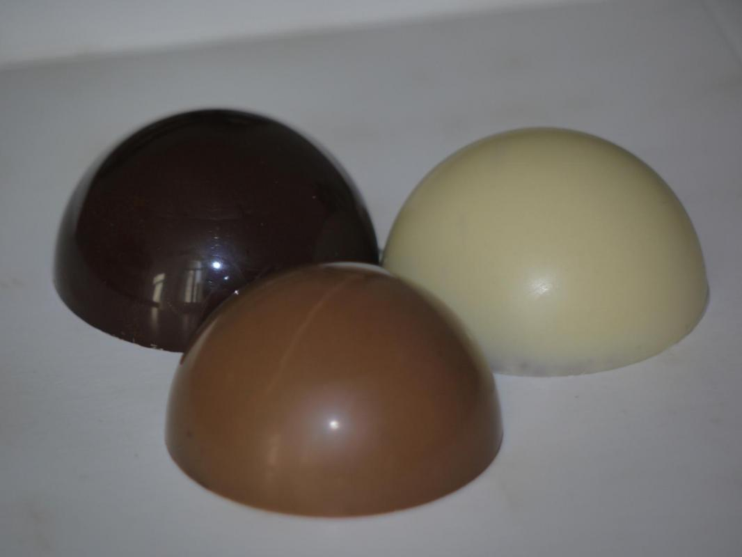 Praliné cacahuète chocolat au lait, Dôme cacahuète, artisan chocolatier Beauvais Oise