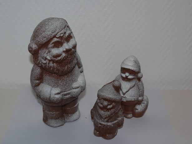 Pères Noël enneigés en chocolat