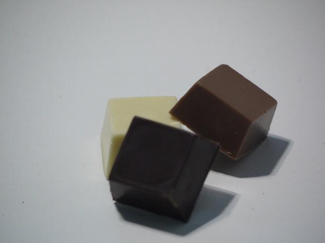 Praliné amande chocolat au lait, pain d'épices, Spicy