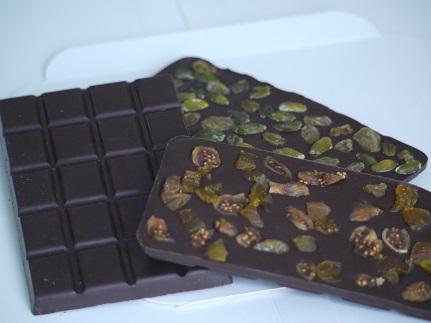 Tablettes au chocolat noir : nature ou agrémentée