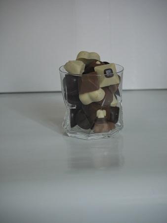 Verre à whisky 3€ pièce, peut contenir jusqu'à 220g de chocolats
